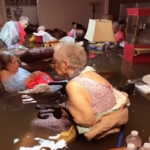 170827155336-nursing-home-rescue-la-vita-bella-dickinson-texas-flooding-nr-00000000-super-169