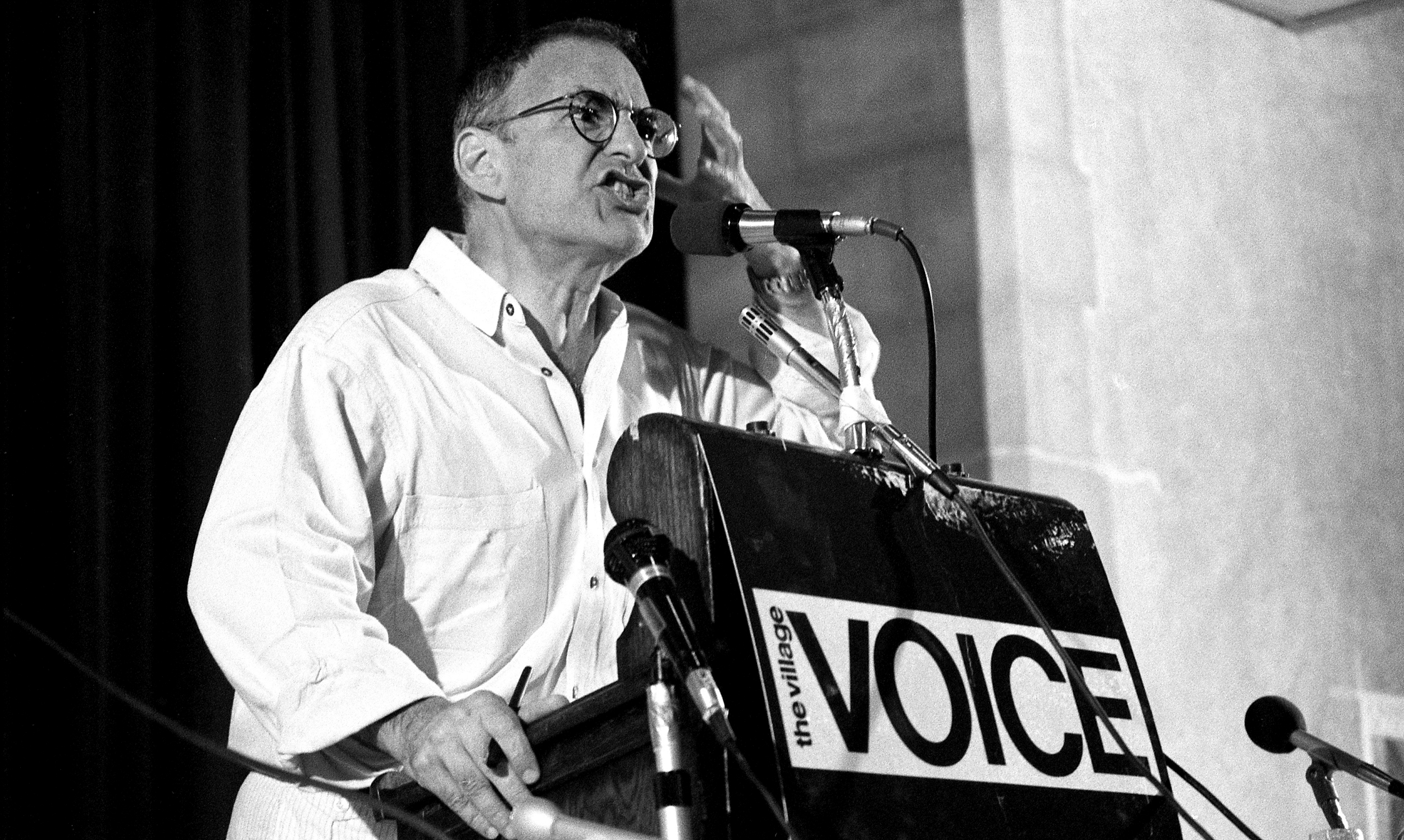 NEW YORK - JUNE 6: Larry Kramer at Village Voice AIDS conference on June 6, 1987 in New York City, New York. (Photo by Catherine McGann/Getty Images)